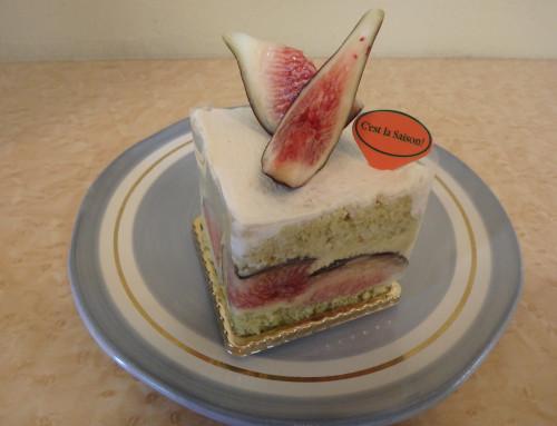 ビオレソリエスのカスタードケーキ