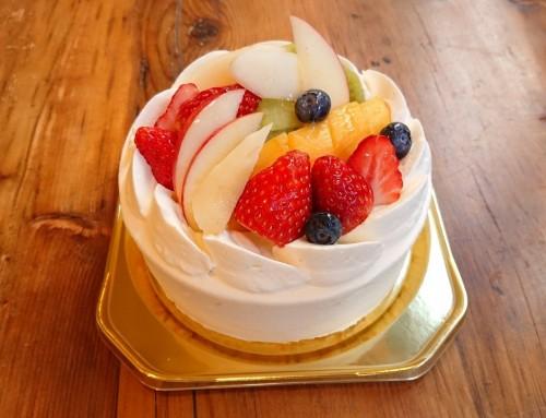 フルーツたっぷりショートケーキ ホール